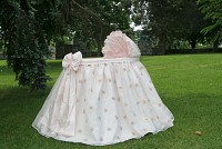 Belle Bassinet with Linens