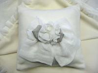 Organic Cotton Bow Pillow