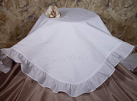 SoDainty Cotton Embroidered Blanket with Ruffles