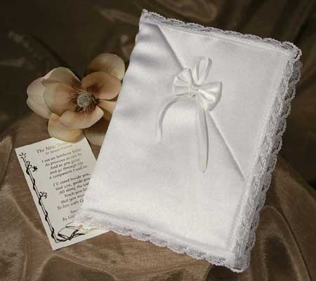 SoDainty Girls Bible with Satin Cover