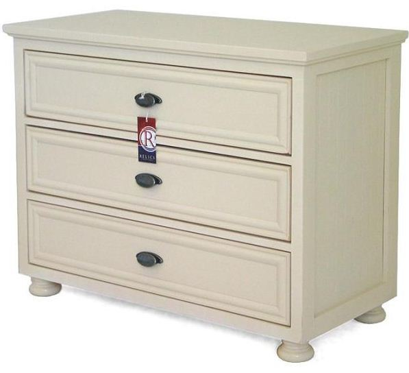 Artifakts 3 Drawer Chest